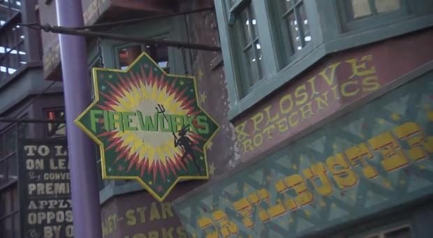 Inside Diagon Alley at Universal 342
