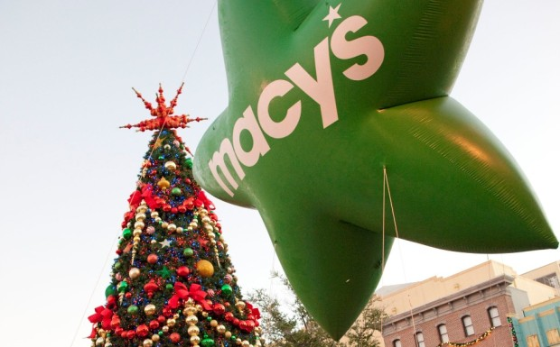 Macy's Holiday Parade at Universal Orlando