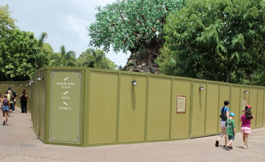 animal kingdom construction walls