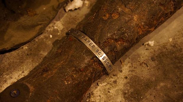 B44-bracelet