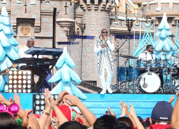 Trey Songz Disney Parks Frozen Christmas Celebration