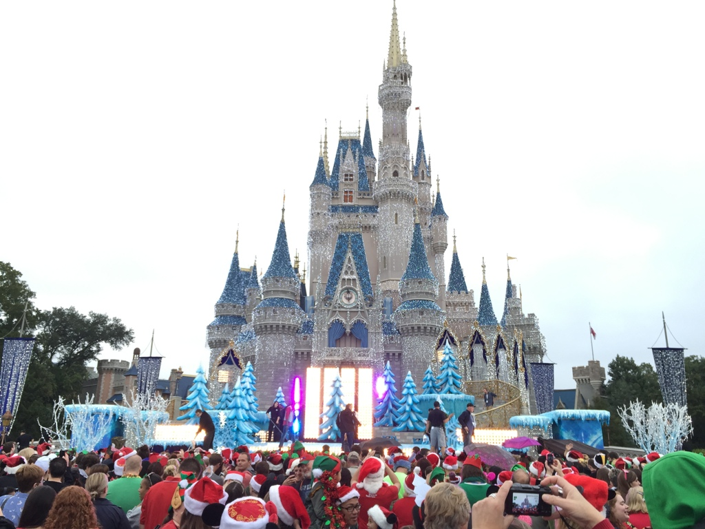 A look at the performances for Frozen Christmas Celebration