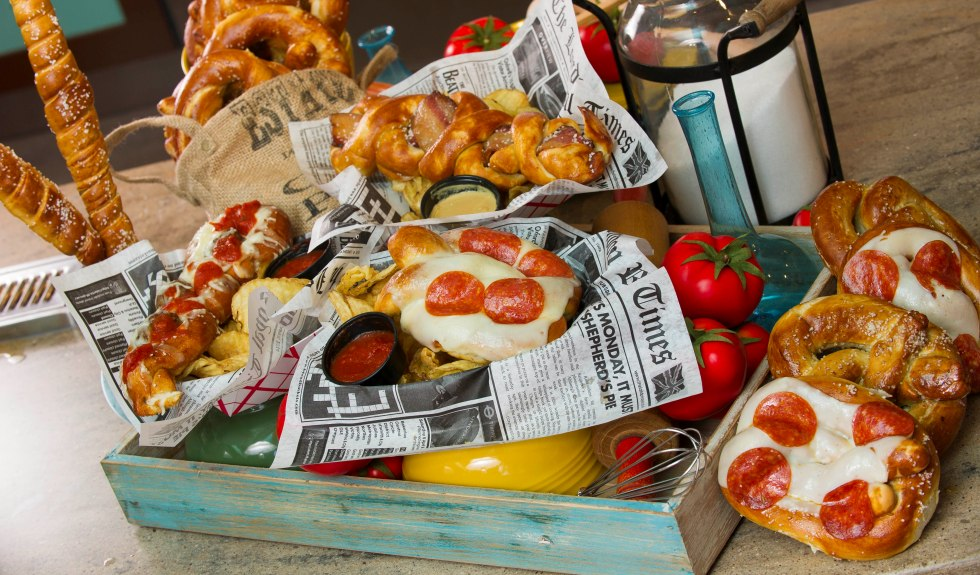 Mama s pretzel kitchen now open at seaworld orlando for Mama s italian kitchen