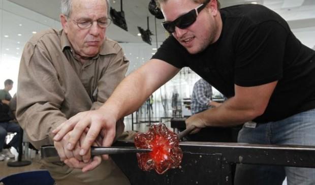 International Hot Glass - Walk In Workshop