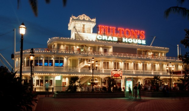 fulton's crab house downtown disney