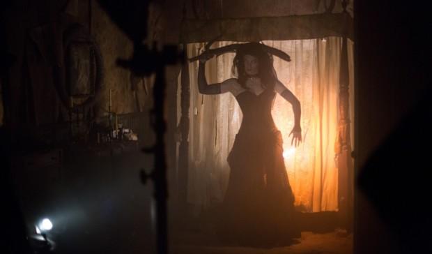Howl-O-Scream Busch Gardens Tampa Unearthed Scarlett