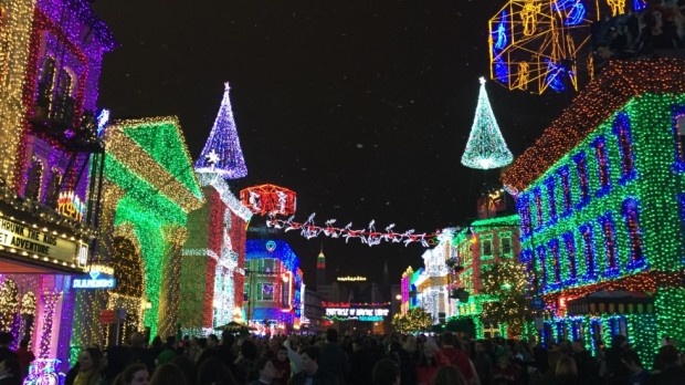 The Osborne Family Spectacle of Dancing Lights Disney's Hollywood Studios