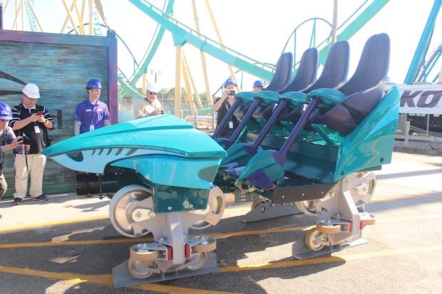 Mako roller coaster car - 2
