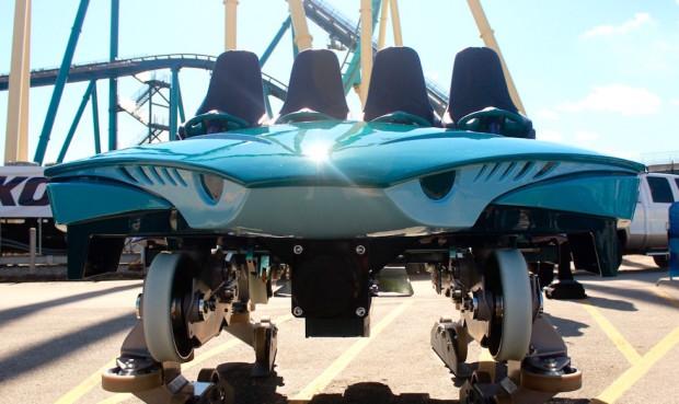 Mako roller coaster car - 3