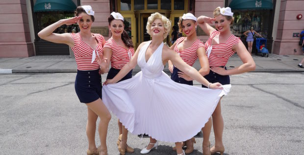 marilyn monroe and dancers at universal studios florida