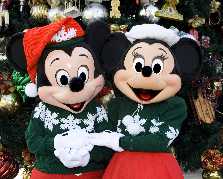 Holidays at the Disneyland Resort begin November 10 with \'World of ...