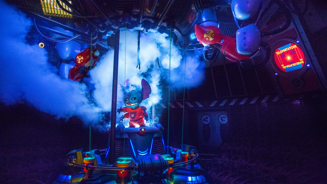 Stitch's Great Escape seasonal operation