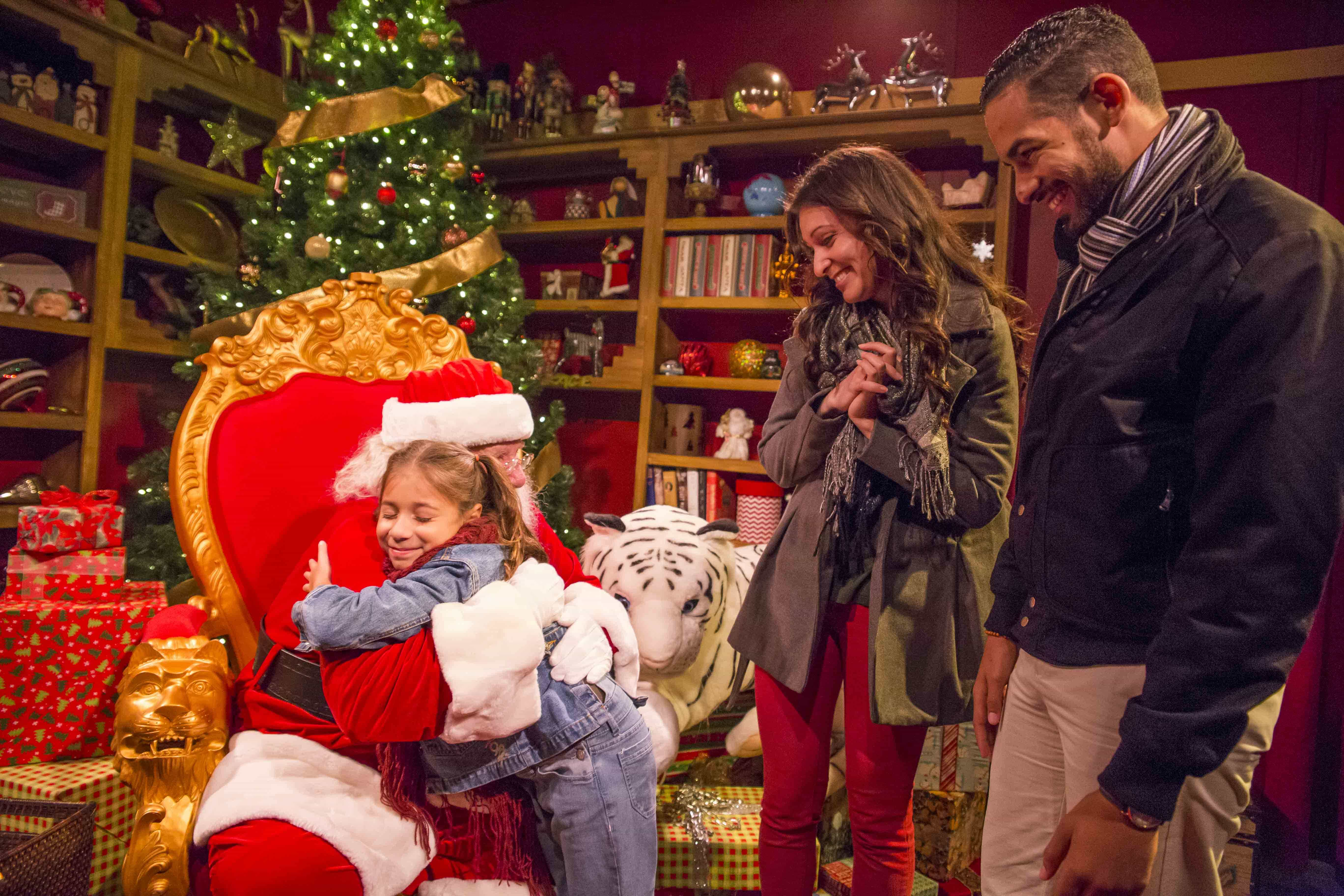 Rudolph the red nosed reindeer joins christmas town at - Busch gardens christmas town rides ...