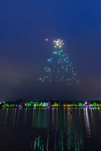 Starbright Holidays Ð An Intel Collaboration at Disney Springs