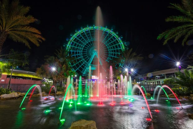 Coca-Cola Orlando Eye holiday lights
