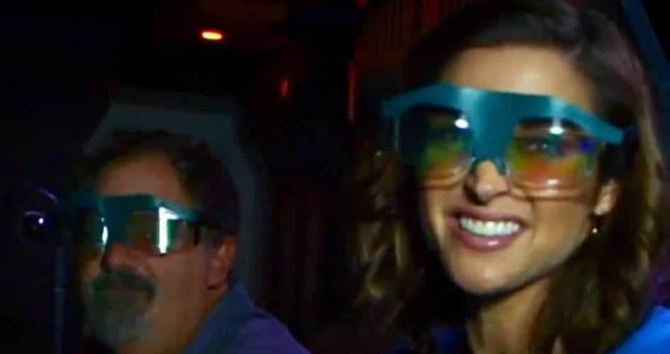 A look at the glasses guests will wear on Pandora's Flight of Passage ride. (Screenshot courtesy ABC's Good Morning America.)