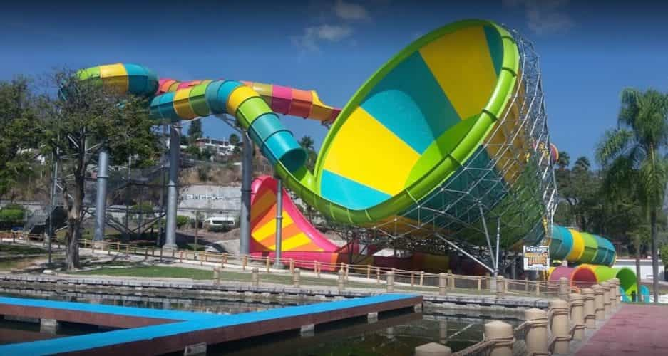 Hurricane Harbor water park Mexico