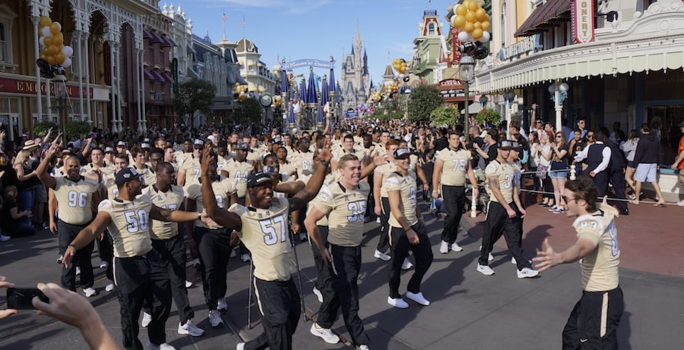 UCF to parade through Disney World as part of 'championship tour'