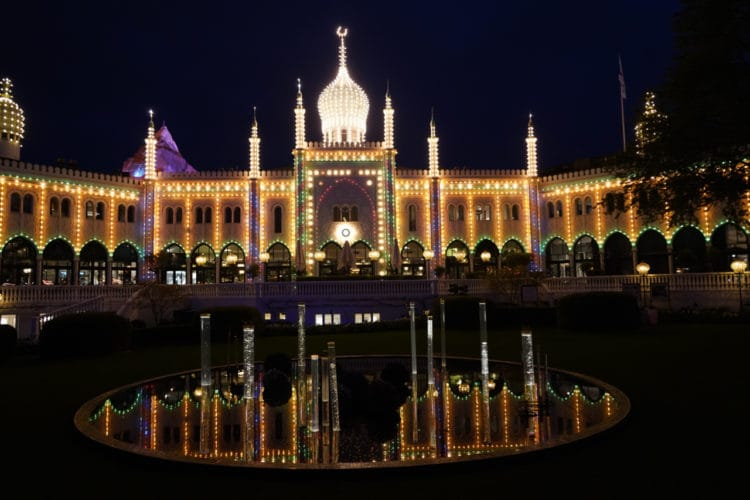 nighttime lights in tivoli gardens