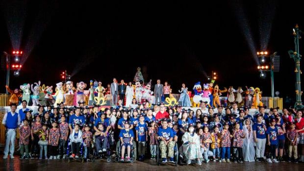 Hong Kong Disneyland World's Biggest Mouse Party