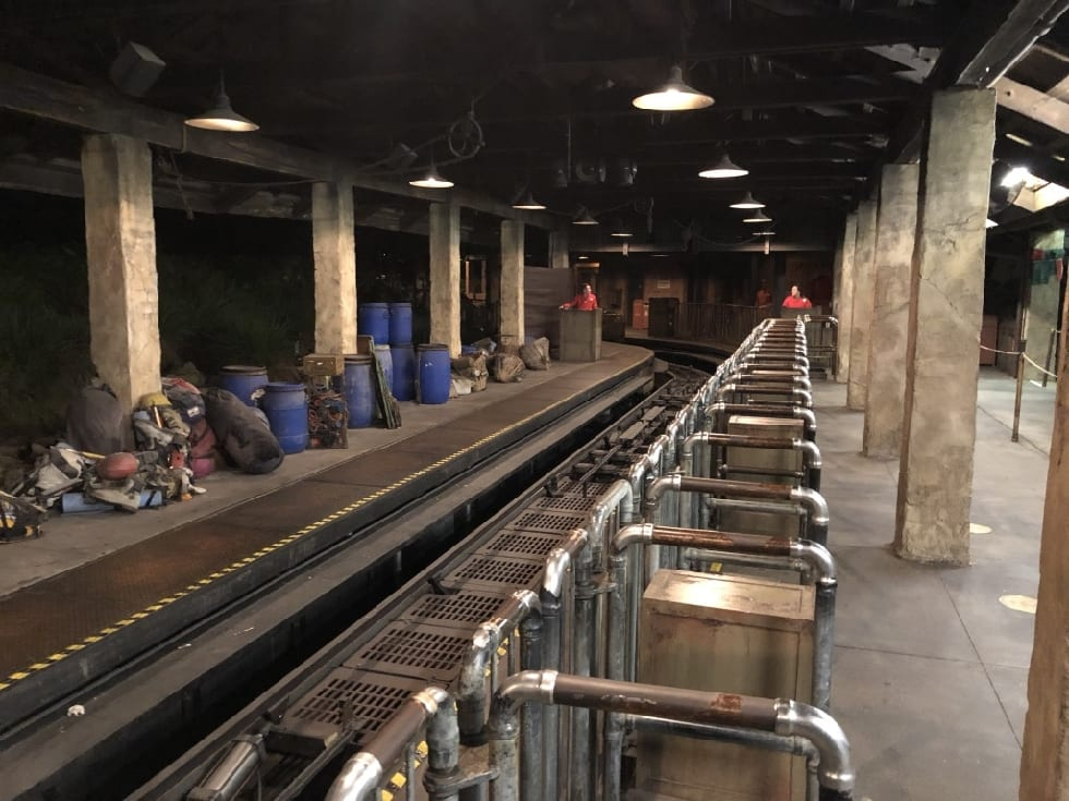 expedition Everest empty loading area