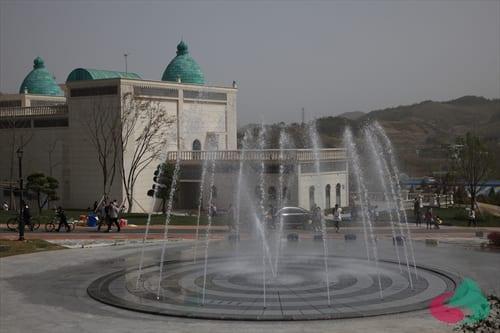 Imsil Cheese Theme Park fountain
