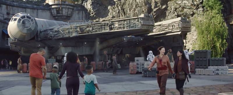 Millennium Falcon at Galaxy's Edge