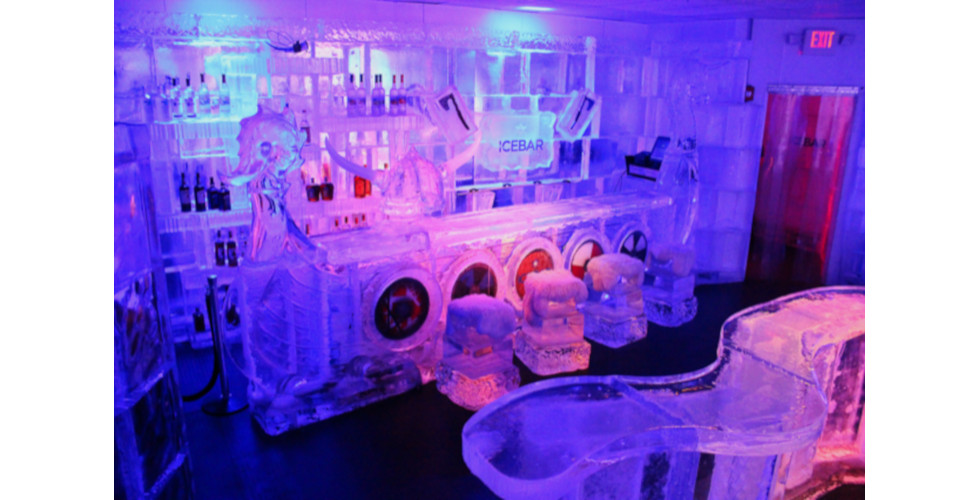 Icebar Orlando game of thrones decor
