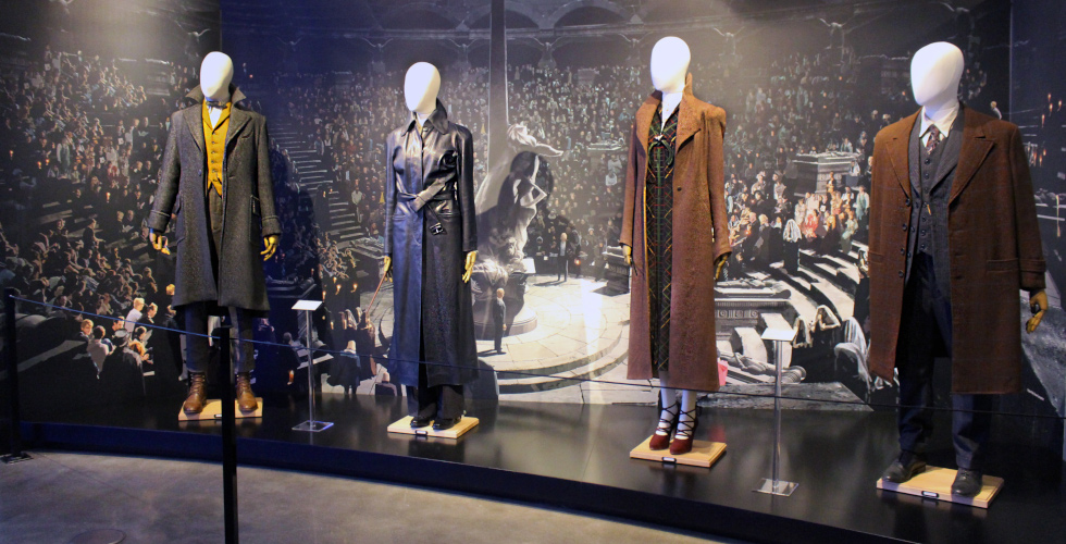 Fantastic Beasts WBSTH costumes featured