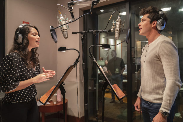auli'i cravalho and graham phillips