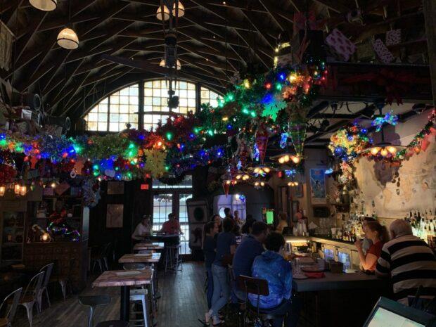 jock lindsey's holiday bar