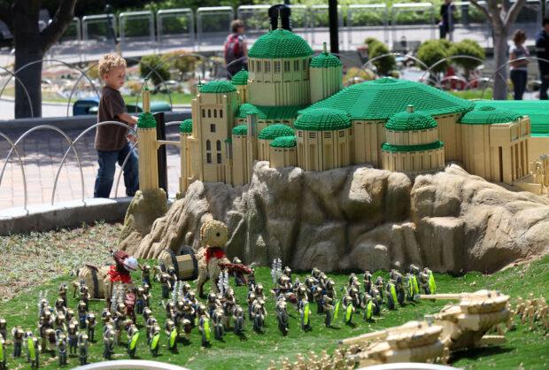 lego star wars miniland