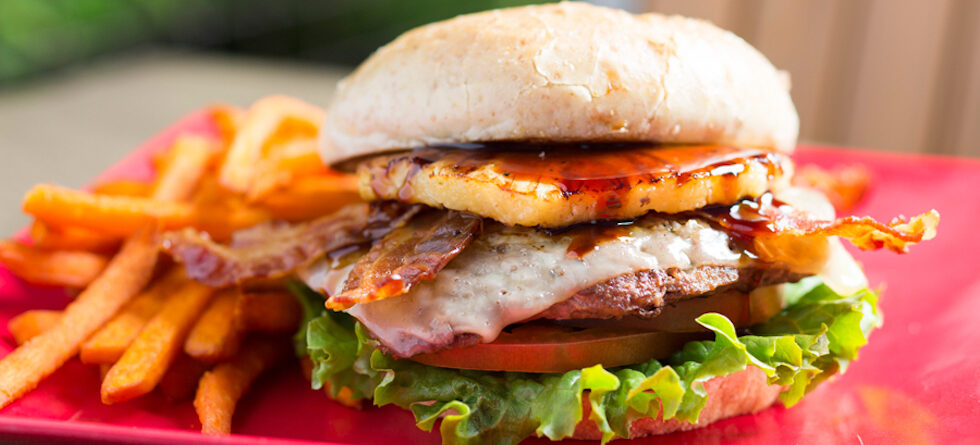 Recipe: Make the Hawaiian Cheeseburger from Tangaroa Terrace for Hamburger Day