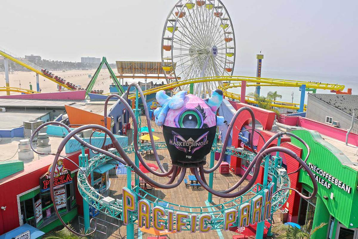 The Masked Singer, Miss Monster, Santa Monica Pier, Pacific Park