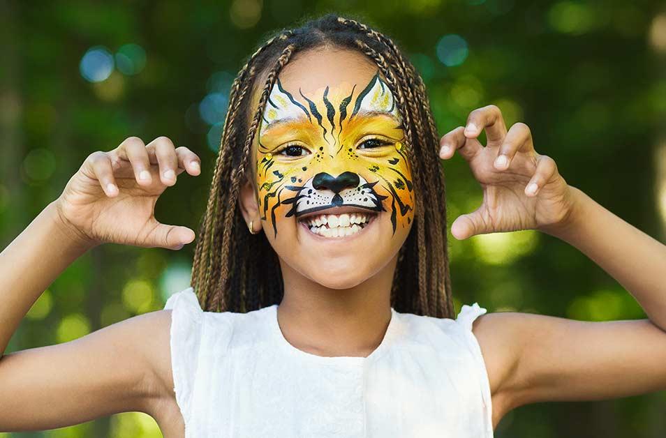 Tricks And Treats Fall Fest, Cedar Point, Kings Island, Halloween, Fall Festival, face painting