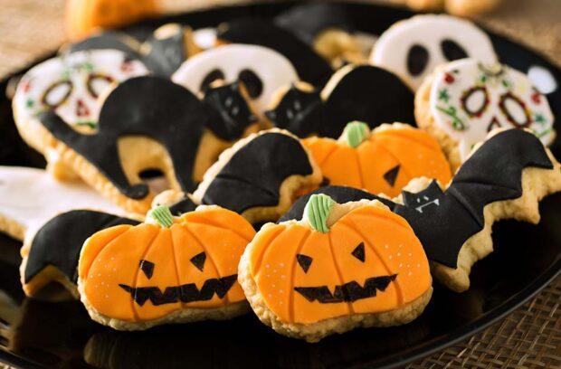 Tricks And Treats Fall Fest, Cedar Point, Kings Island, Halloween, Fall Festival, treats, cookies, halloween cookies, pumpkin cookies
