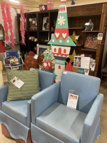 Bibbidi Bobbidi Boutique chairs