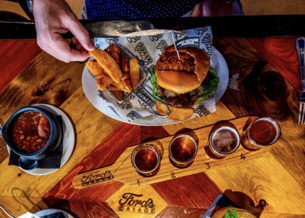 Sunset Walk Orlando, Ford's Garage, Best of Burger Challenge. Margaritaville Orlando