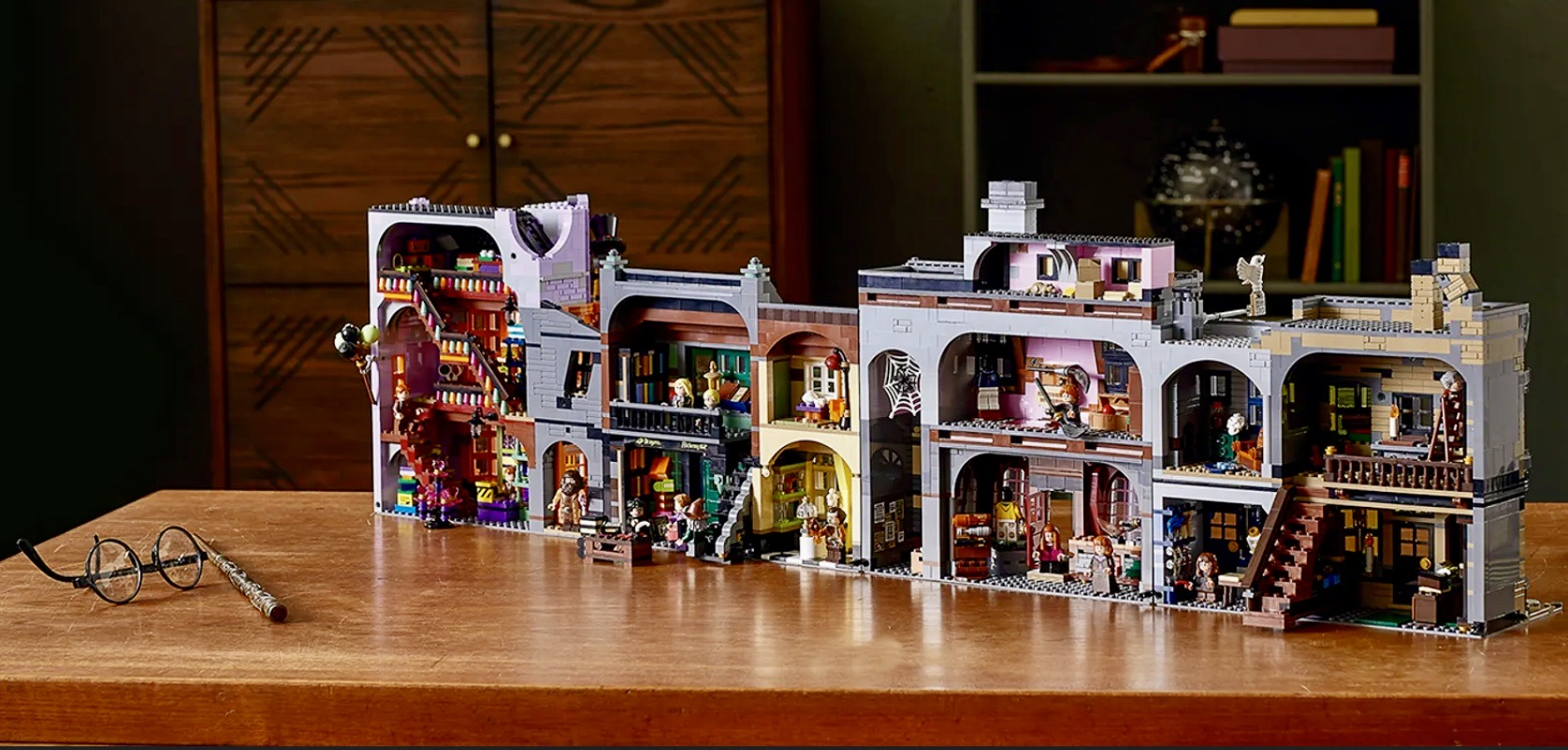 Lego Diagon Alley set, Lego, Diagon Alley, Harry Potter