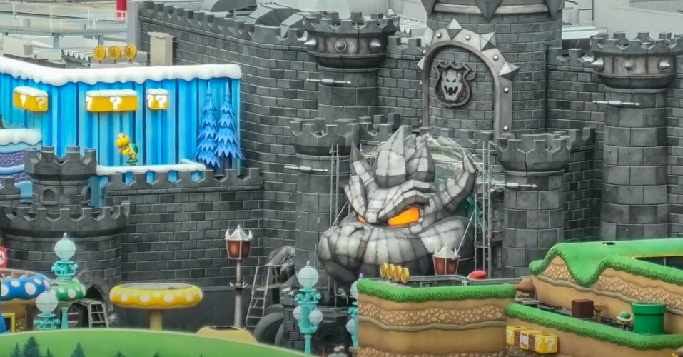 Bowser's castle in Super Nintendo Land at Universal Studios Japan.