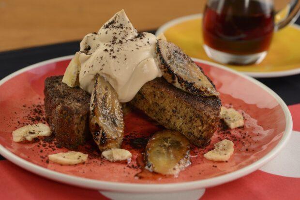 Chef Mickey's, Goofy's banana bread french toast
