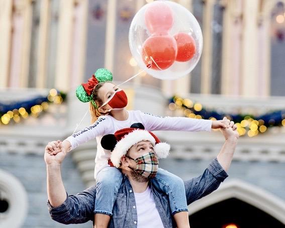 Disney PhotoPass, Holidays