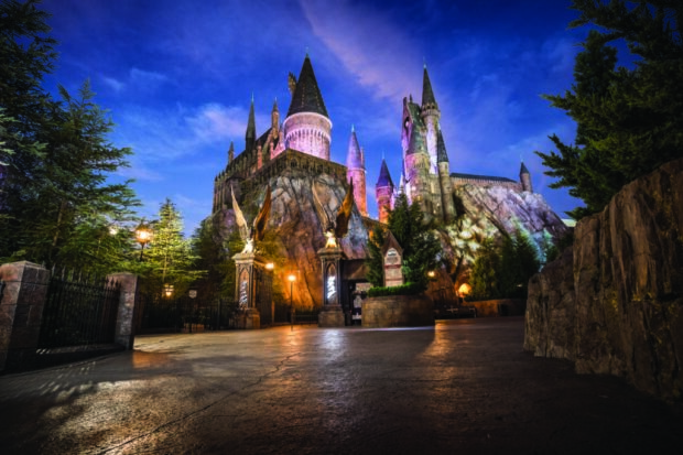 Top 25 theme park attractions in the world, Harry Potter and the Forbidden Journey, Universal Orlando Resort, Wizarding World of Harry Potter