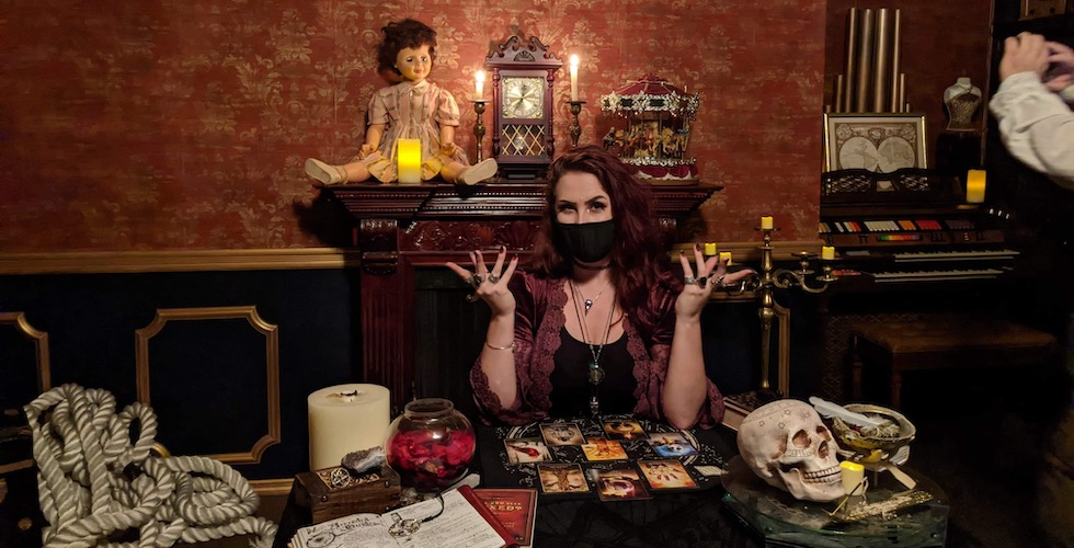 Clair Chapman at dark seance