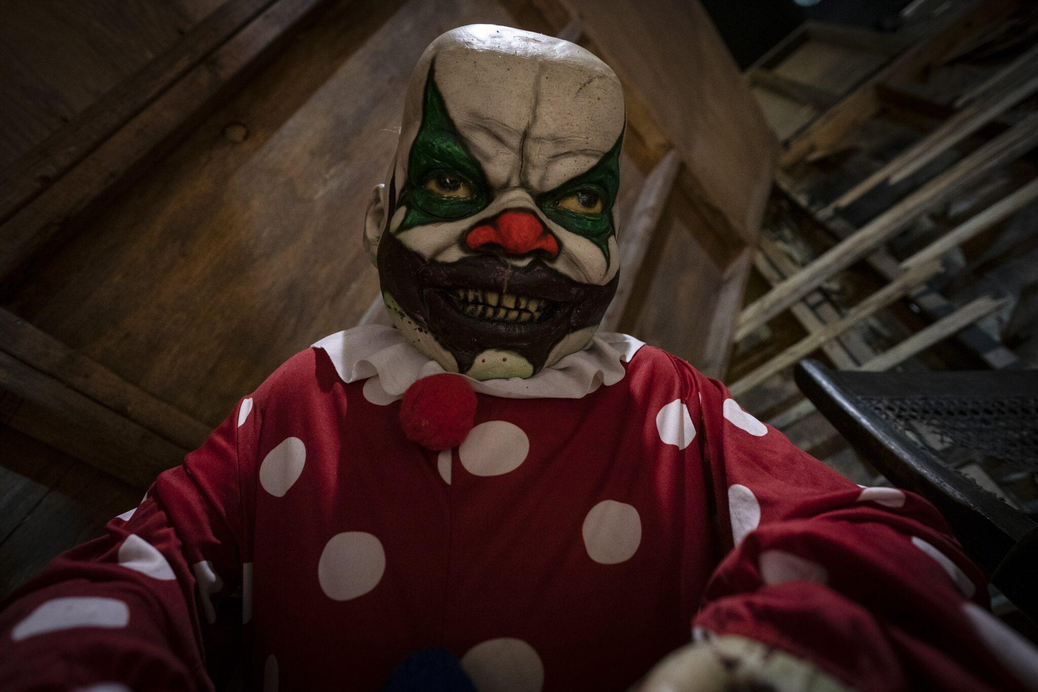 ScareHouse, Clown