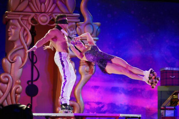 Cirque Dreams Unwrapped