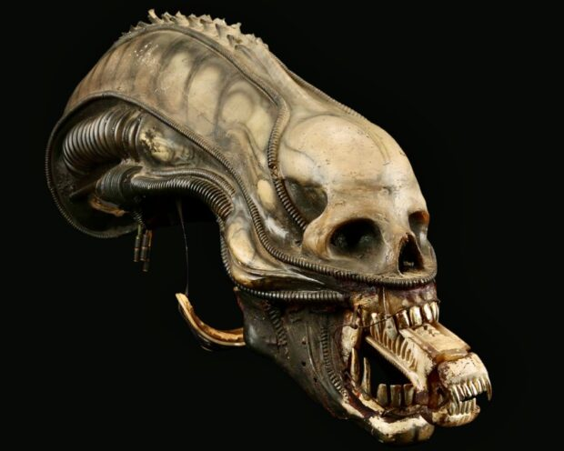 Prop Store auction, Alien head