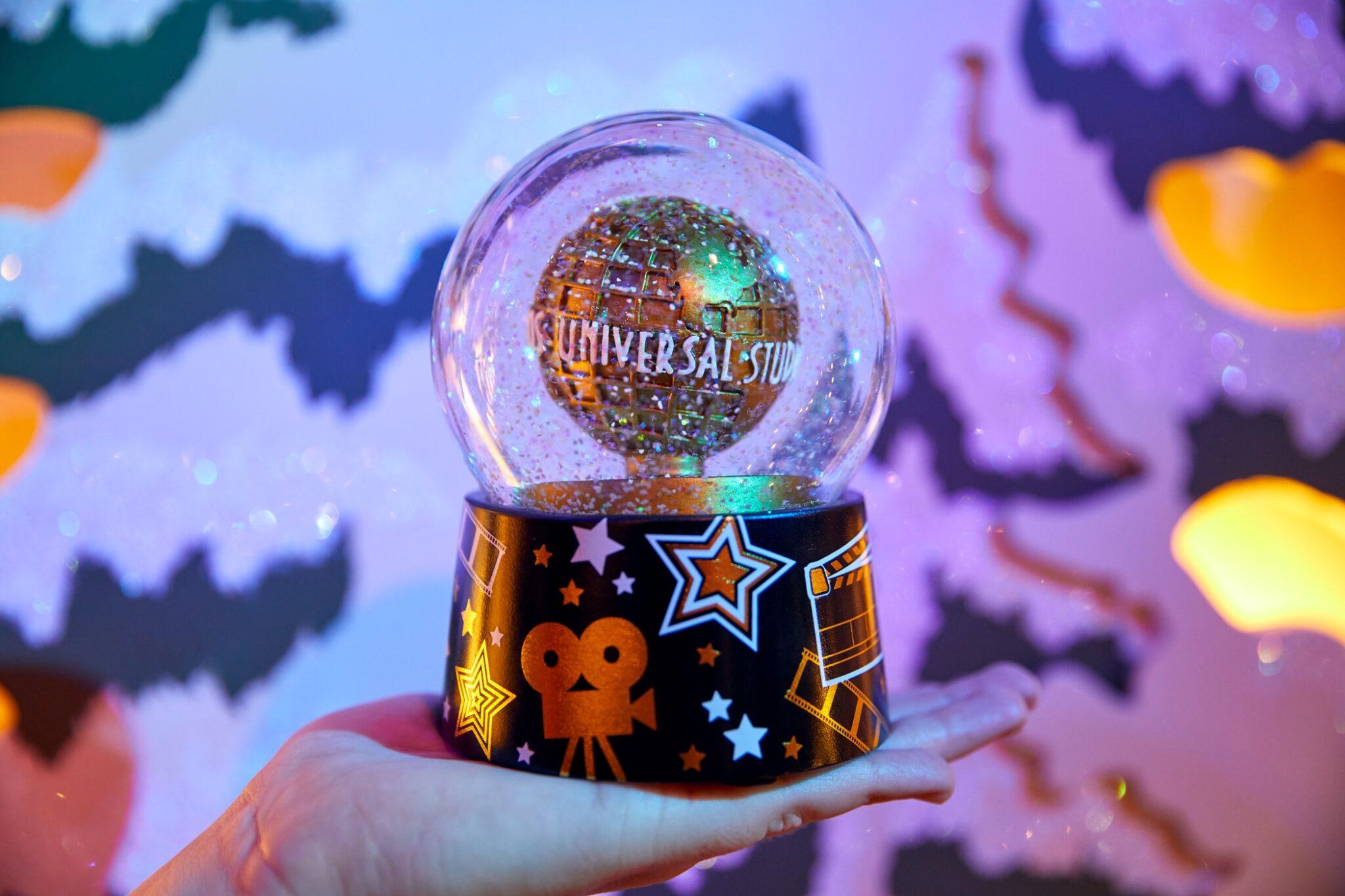 Universal Orlando Resort Holiday snow globe