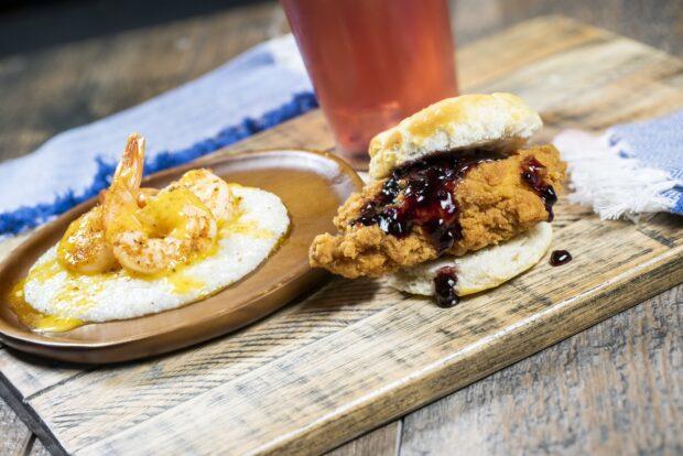 Busch Gardens Tampa Food & Wine Festival shrimp & grits and fried chicken slider