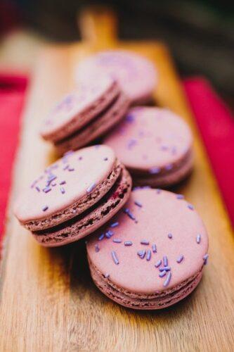 Knott's Taste of Boysenberry festival boysenberry macarons, boysenberry bread pudding, boysenberry cookiewich
